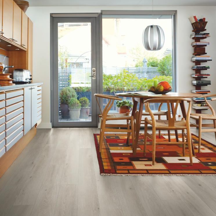 Pergo Cottage Grey Oak Laminate (Long Plank 4V)