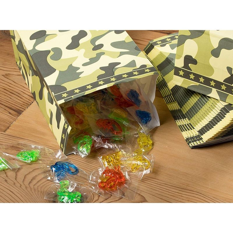 Party Treat Bags - 36-Pack Gift Bags, Camo Party Supplies, Paper Favor Bags, Recyclable Goodie Bags for Kids, Camouflage Design, 5.2 x 8.7 x 3.3 Inches