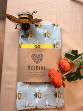 Load image into Gallery viewer, Beekind Extra Large Wrap (50cm x 48cm)