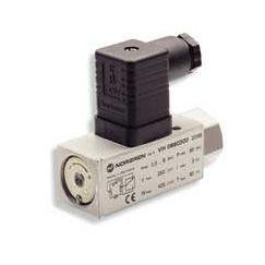 0882319000000000 : Herion 18D Series, hydraulicÊpressure switch, 7/16-20 UNF port, 360 to 3,600psi range