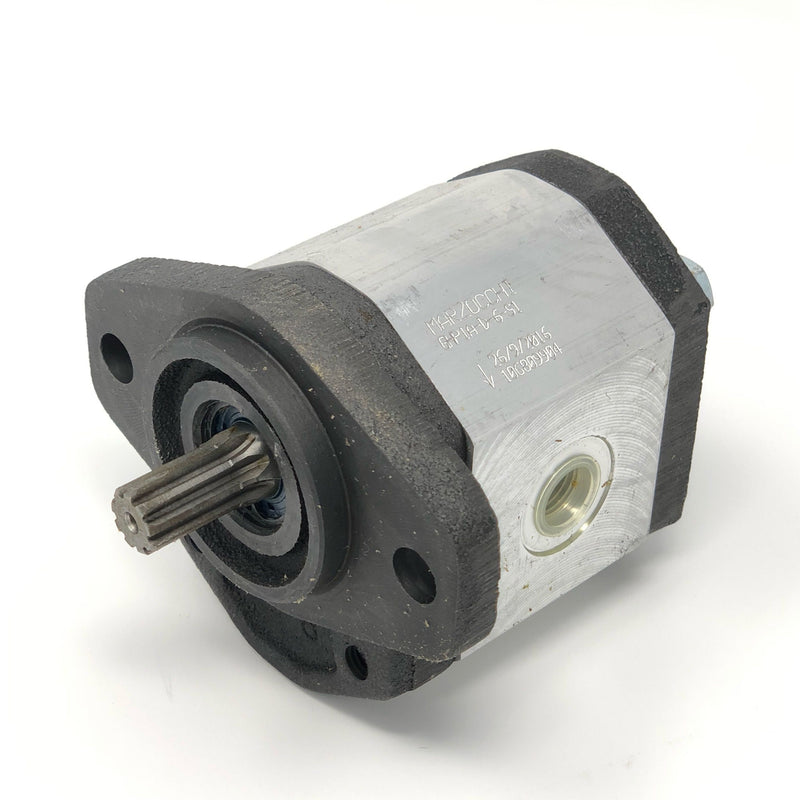 "GHP1A-D-4-S1 : Marzocchi Gear Pump, CW, 2.8cc (0.1708in3), 1.33 GPM, 3915psi, 5000 RPM, #8 SAE (1/2"") In, #6 SAE (3/8"") Out, Splined Shaft 9T 20/40DP, SAE AA 2-Bolt Mount"
