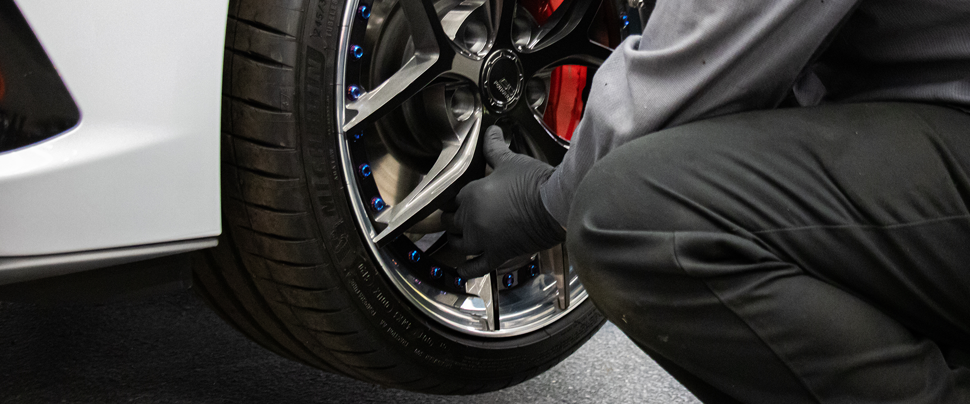 Tire Mount and Balance Exotic Performance Sports Cars and Luxury Vehicles in Chicago