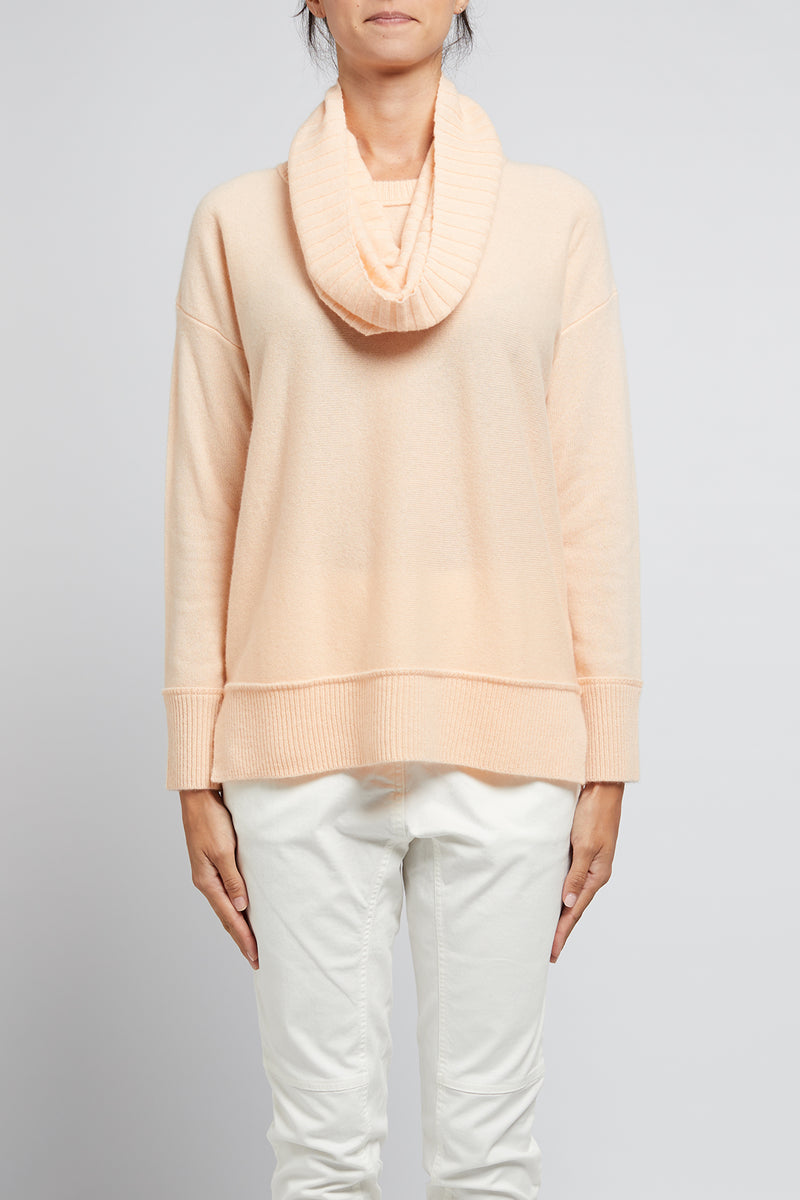Cashmere Snood Peach