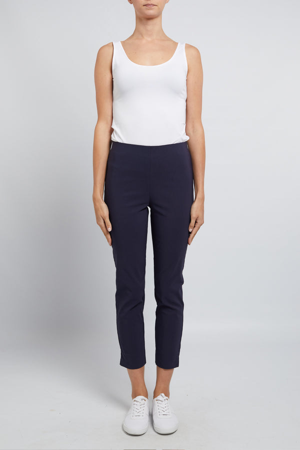 Liv Cropped Pant Navy Front