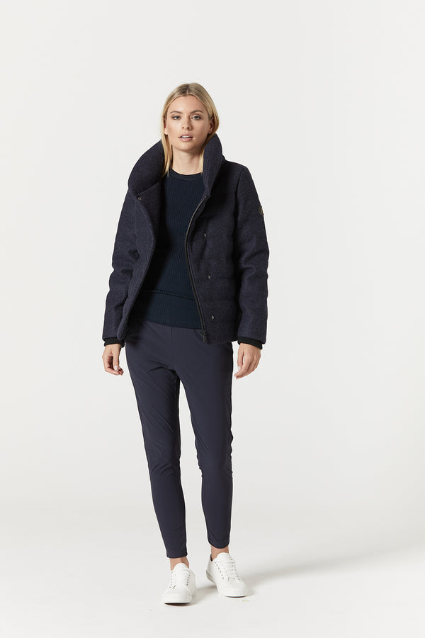 Easton Puffer Navy Front