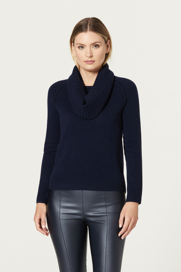 Pure Cashmere Snood Navy Front
