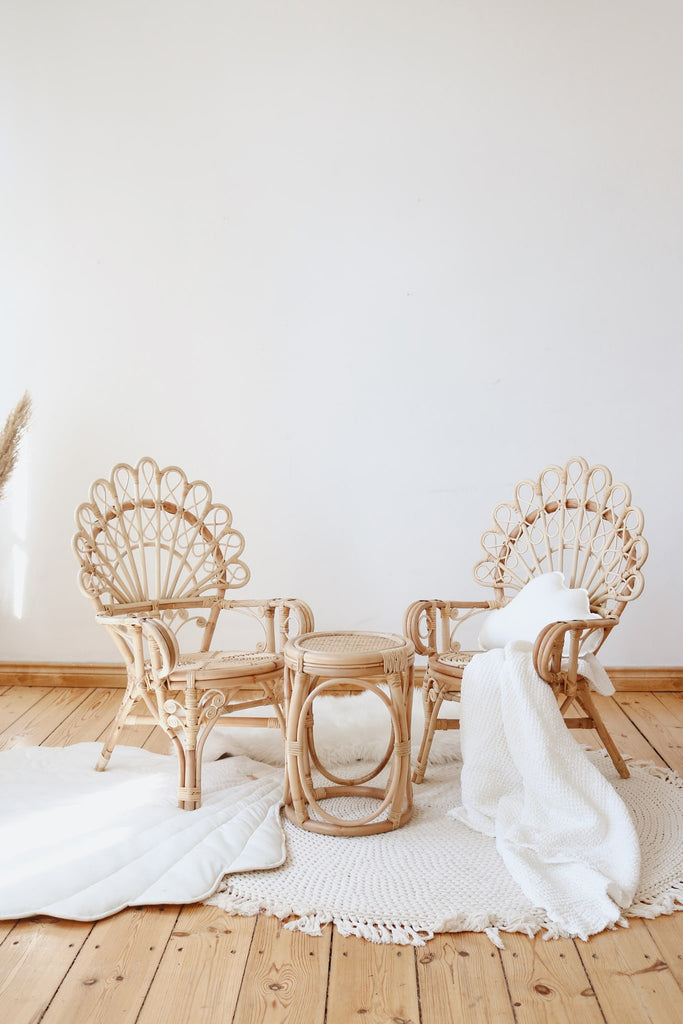 NEL SET (2 CHAIRS & TABLE)