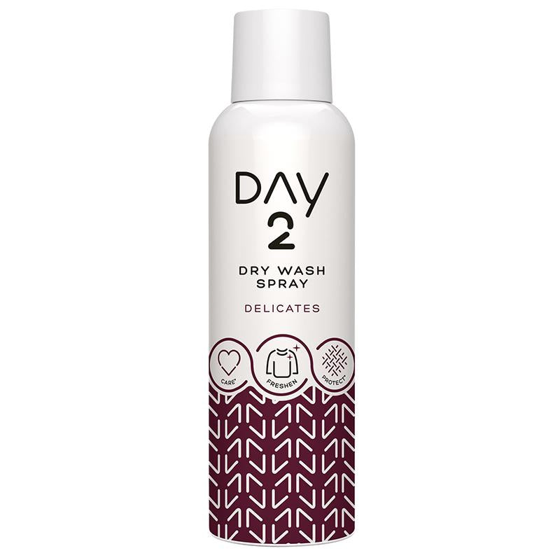 Day2  Delicates Dry Wash Clothes Spray 200ml