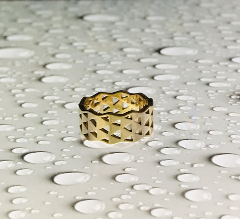 18k Gold Signet Stackable Pattern Design Ring