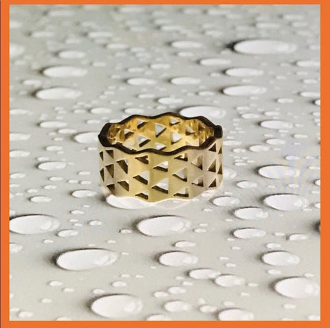 18k Yellow Gold Contemporary Stackable Ring