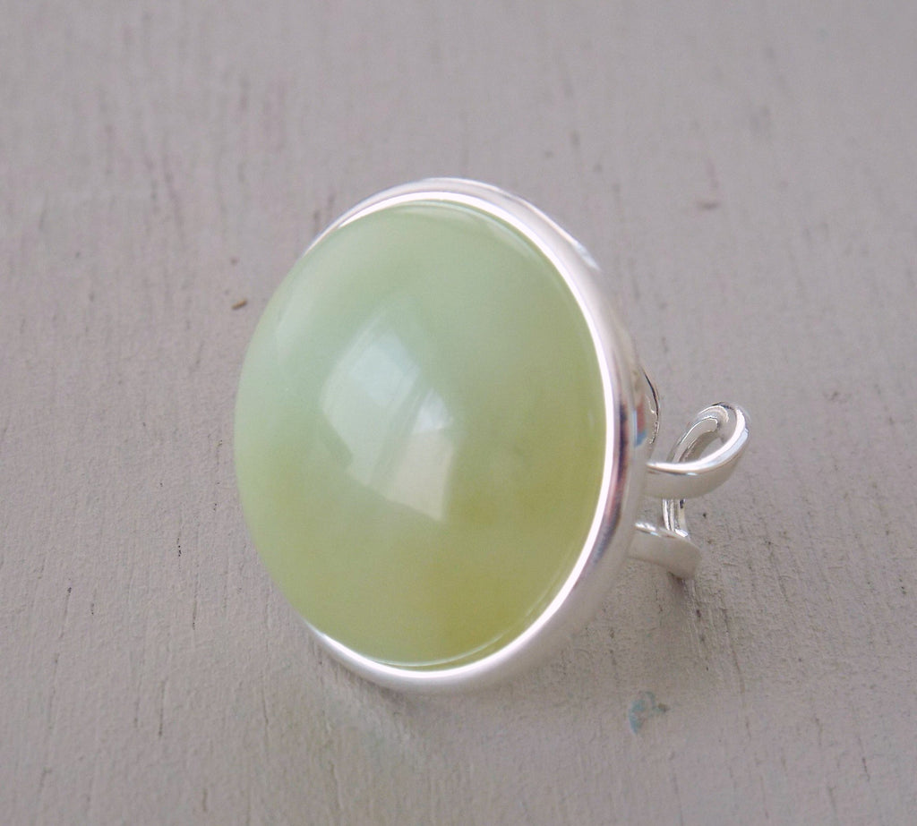 Ring with 25mm jade gemstone fully adjustable ring