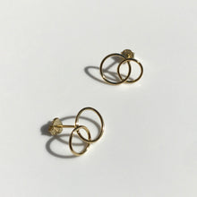 Load image into Gallery viewer, Gold Ines earrings