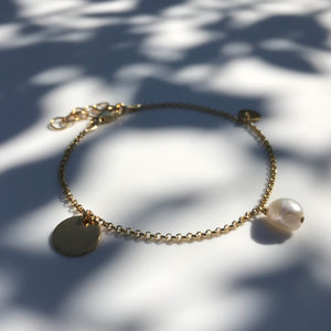 Gold Pearl and Dukat bracelet