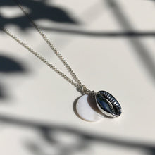 Load image into Gallery viewer, Silver Kiki Seashell necklace