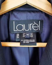 Load image into Gallery viewer, Blazer oversize bleu marine en pure laine