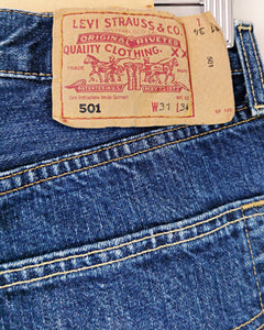 Levi's 501 délavage dirty taille 40