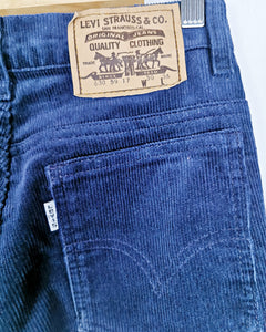 Levi's velours côtelé bleu nuit made in France taille 34/36