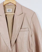 Load image into Gallery viewer, Blazer en cuir beige nude