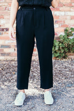 Relaxed Tapered Pant