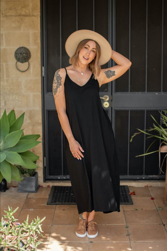 Load image into Gallery viewer, Everyday Singlet Midi Dress - Black