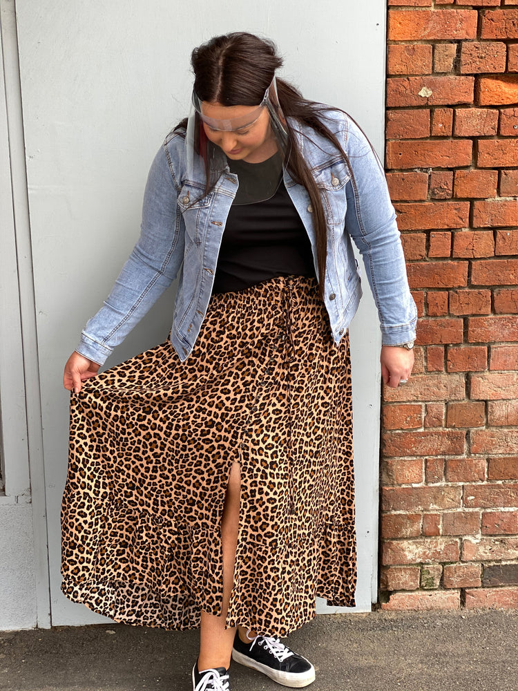 Threadz Leopard Print Skirt