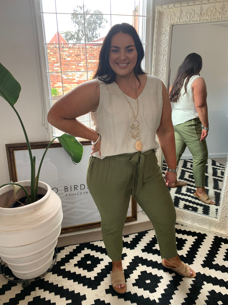 Load image into Gallery viewer, Straight Leg Pant w Belt - Olive