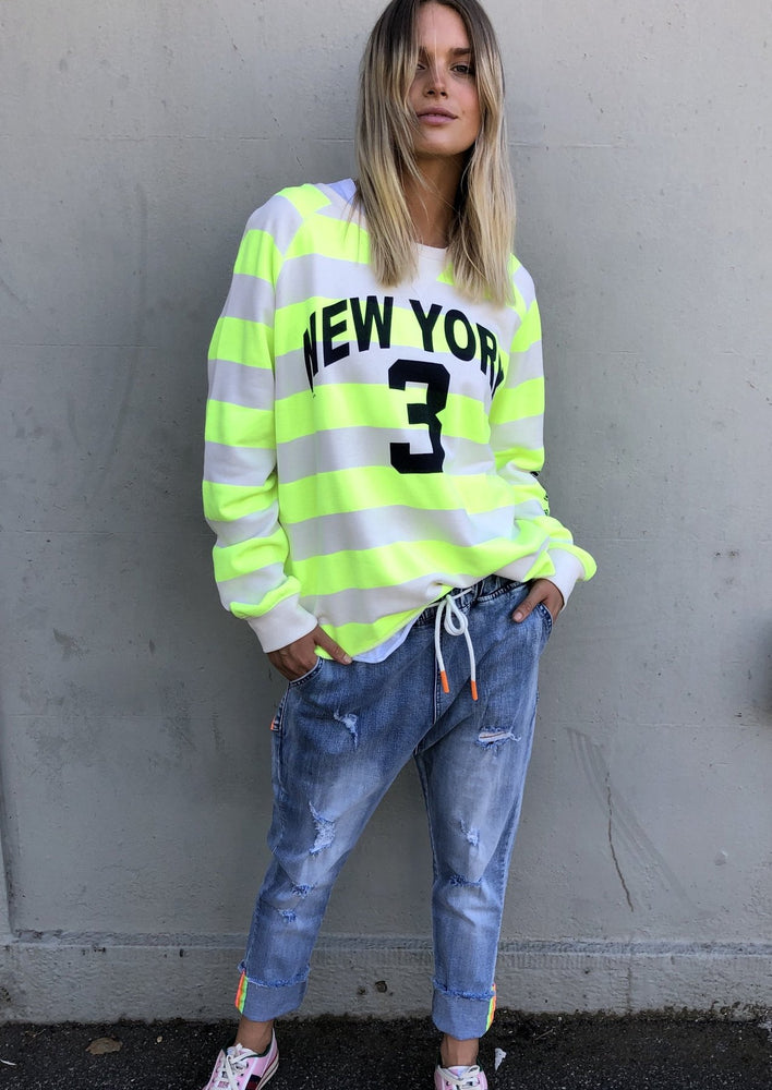 Load image into Gallery viewer, Raw Hem New York 3 Sweat