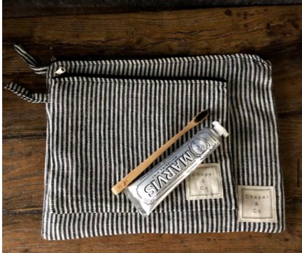 Load image into Gallery viewer, Toiletry Bag Set - Black & White Gingham