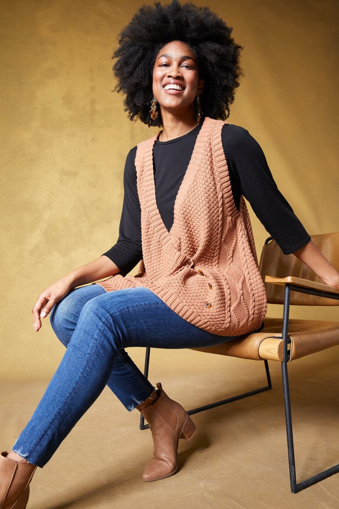 Load image into Gallery viewer, Unwind Cable Vest - Caramel