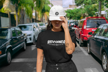 Load image into Gallery viewer, BITCOINER Women's short sleeve t-shirt - moeda-rags