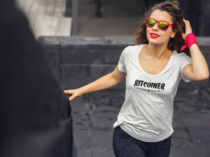 BITCOINER Ladies' Scoopneck T-Shirt - moeda-rags