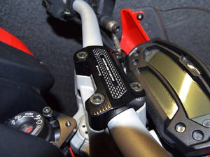 Ducabike Handlebar Clamp With Carbon For Ducati Monster 696