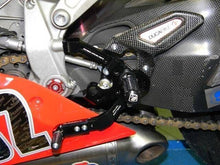 Load image into Gallery viewer, Ducabike Ducati 899 1199 Panigale Rearsets Carbon Heel Guards RP52