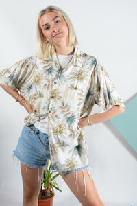 Vintage Hawaiian pattern shirt in cream