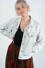 Load image into Gallery viewer, Vintage Levi's Stone Washed Denim Jacket