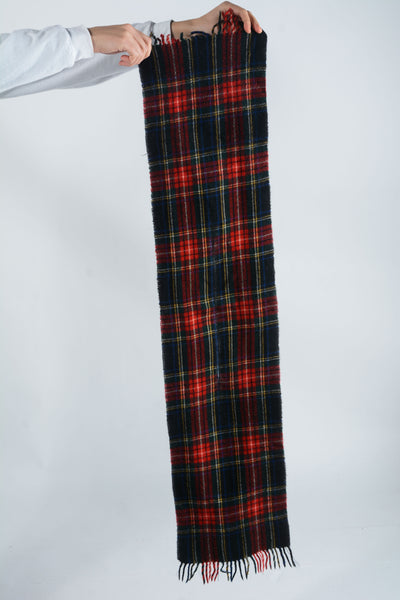 Vintage Check Scarf in Black and Red - 1 Size