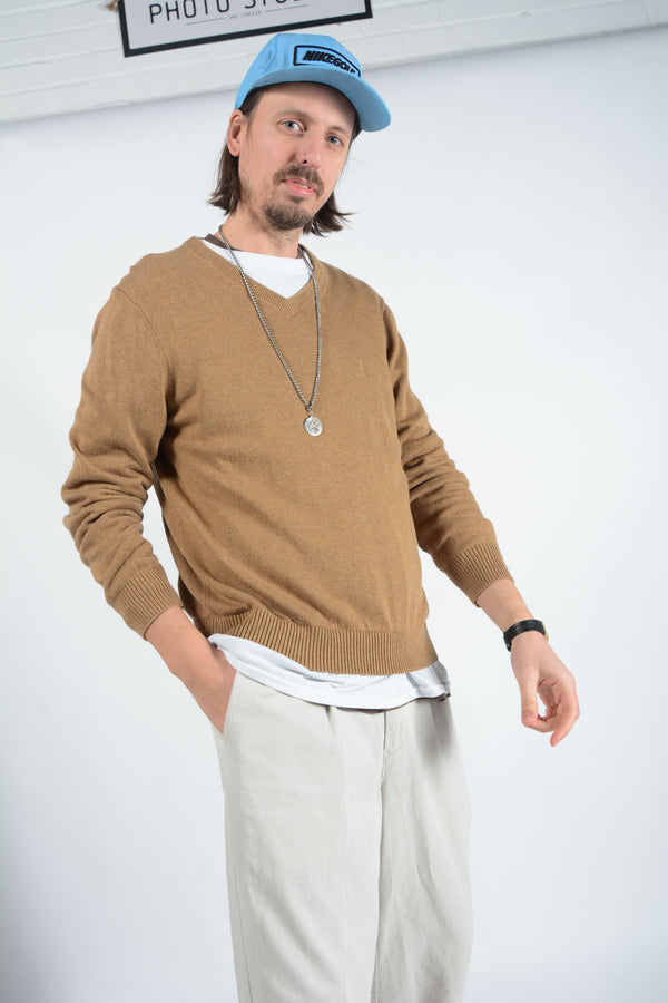 Vintage Nautica Jumper in Brown with Logo - M