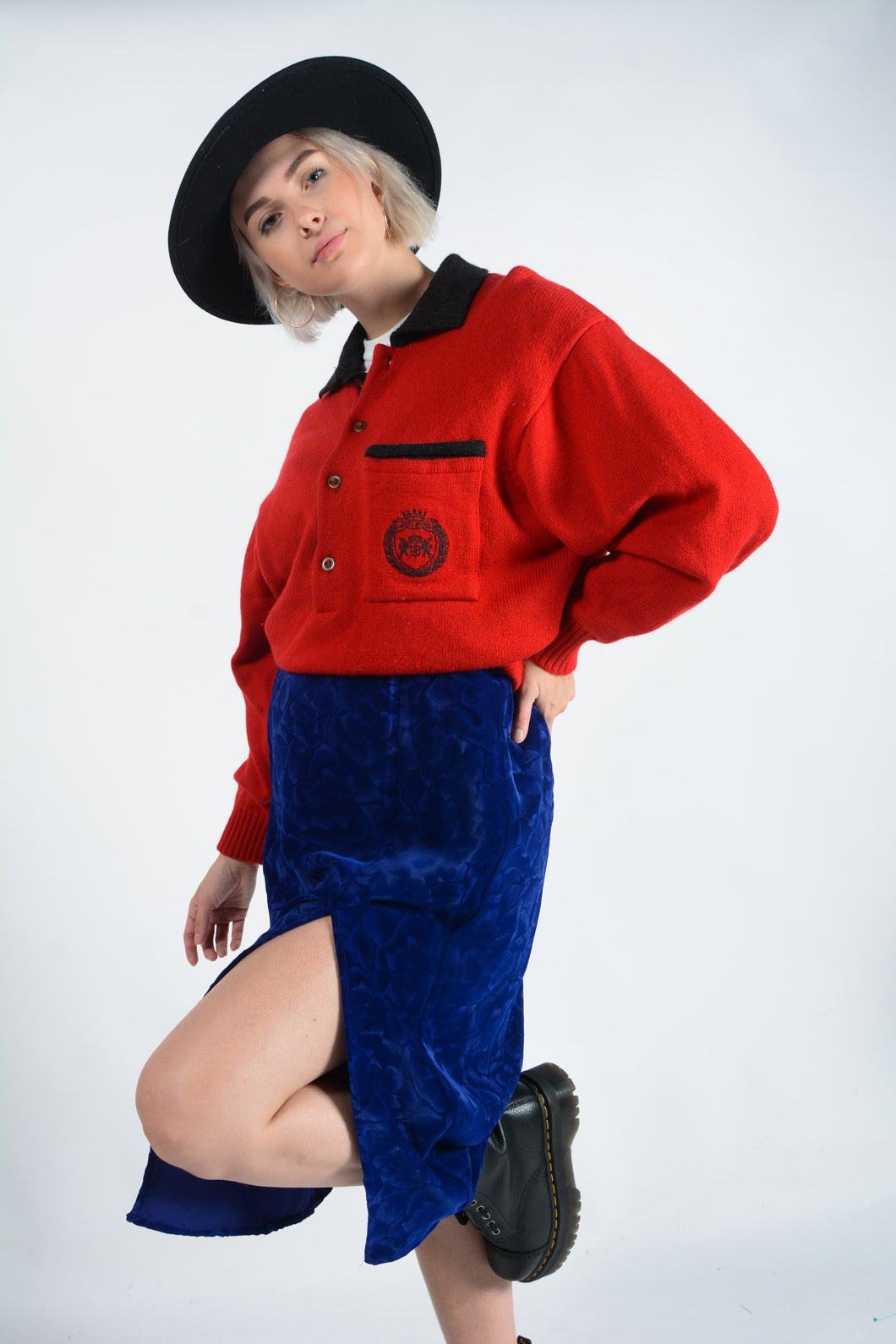 Vintage 90s knitted jumper in red
