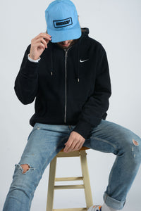 Vintage NIKE Hoodie in Black with Embroidered Logo - XL