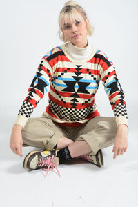 Vintage Preppy Knit Jumper with Aztec Design - M