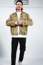 Load image into Gallery viewer, Vintage 90s Levi's Workwear Camouflage Skater Jacket Green  - XL