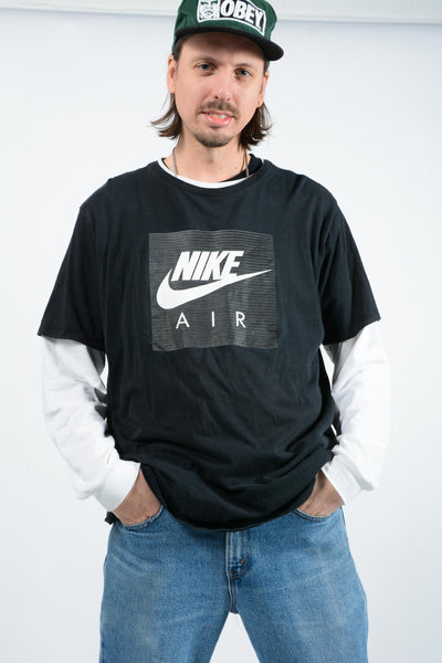 Vintage NIKE T-Shirt in Black with Logo - XXL
