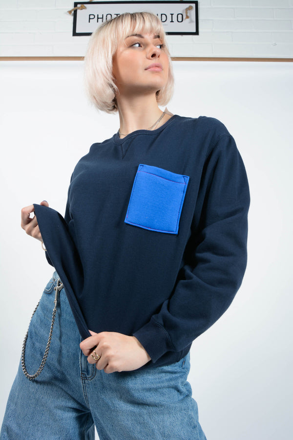 Reworked oversized sweatshirt in navy with pocket- L