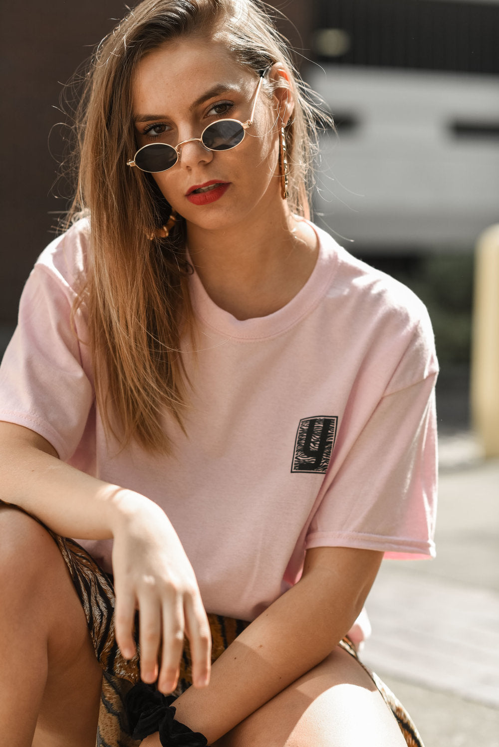Pink t-shirt with wavey print