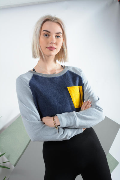 Cropped sweatshirt with elasticated waist and pocket