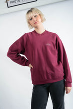Load image into Gallery viewer, Vintage Fruit of the Loom Sweatshirt in Purple with Logo - L