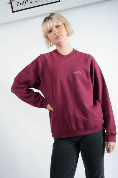 Vintage Fruit of the Loom Sweatshirt in Purple with Logo - L