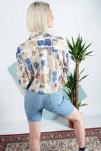 Load image into Gallery viewer, Abstract pattern cropped shirt
