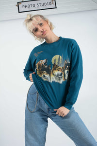 Vintage USA Sweatshirt in Blue with Wolf Print -L
