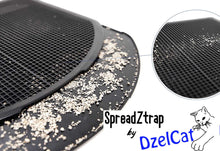Load image into Gallery viewer, SpreadZtrap by DzelCat with magnifier in the right corner showing the mesh holes in detail